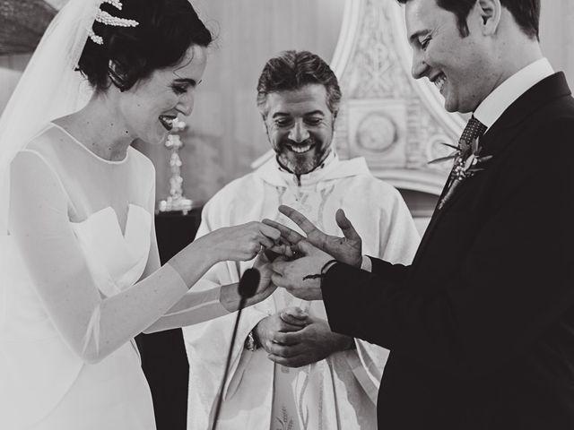 La boda de Maro y Hugo en Sevilla, Sevilla 53