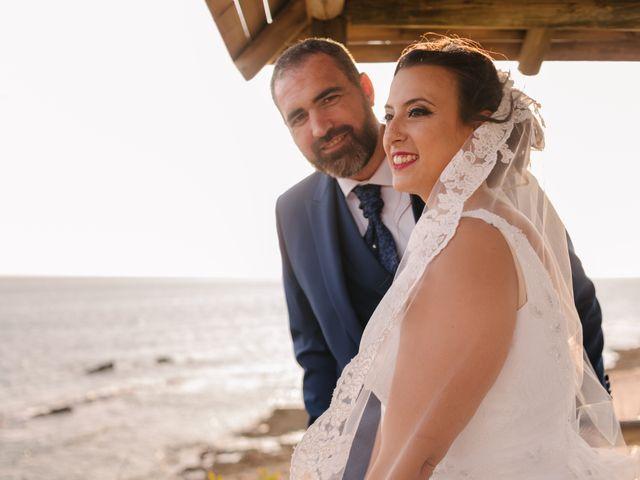 La boda de Jose y Silvia en Chiclana De La Frontera, Cádiz 37