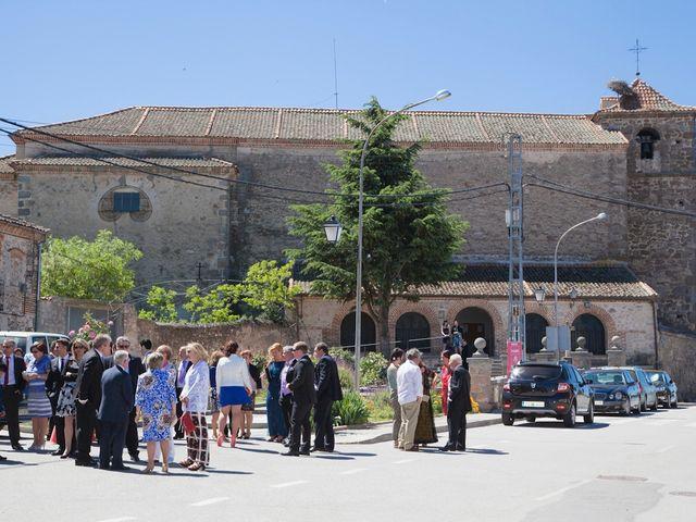 La boda de César y María en Cuellar, Segovia 14