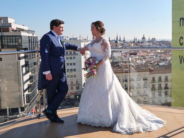 La boda de Enrique y Sofia  en Madrid, Madrid 33