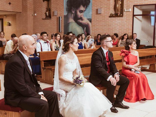 La boda de Ana y Rubén en Madrid, Madrid 16