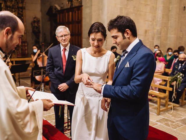 La boda de Diego y Isa en Santa Cruz De La Seros, Huesca 13