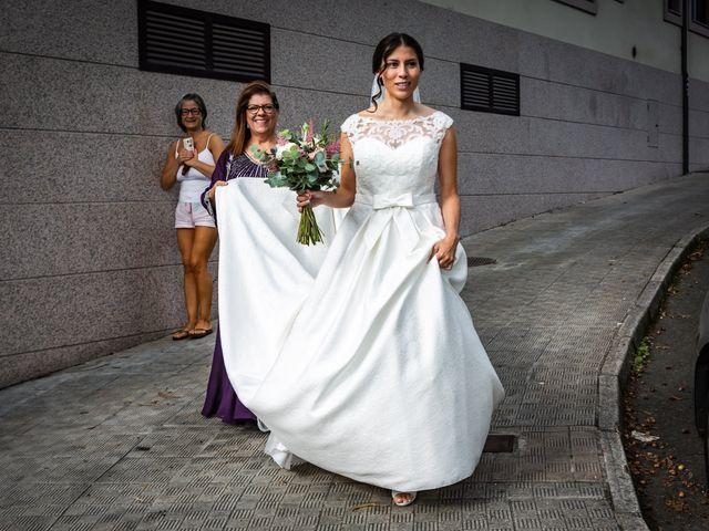 La boda de Javi y Diana en Santiago De Compostela, A Coruña 12