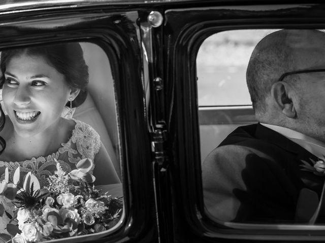 La boda de Javi y Diana en Santiago De Compostela, A Coruña 19