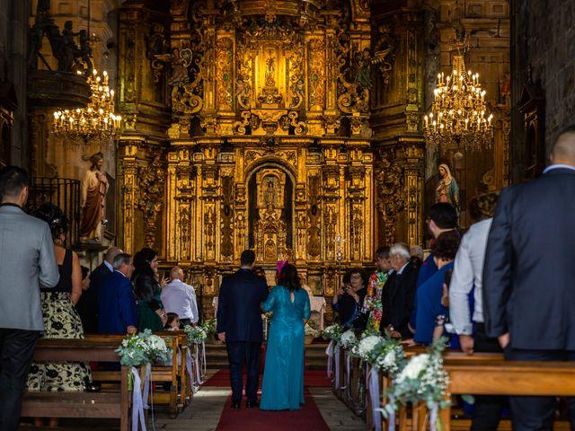 La boda de Javi y Diana en Santiago De Compostela, A Coruña 21