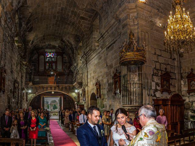 La boda de Javi y Diana en Santiago De Compostela, A Coruña 28