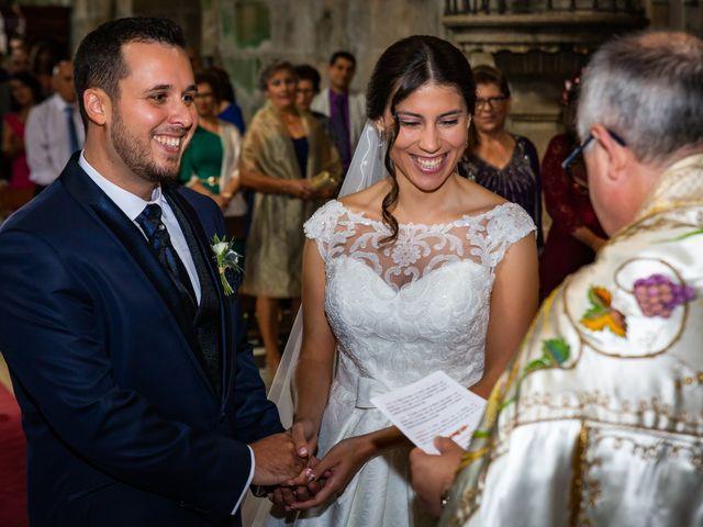 La boda de Javi y Diana en Santiago De Compostela, A Coruña 29
