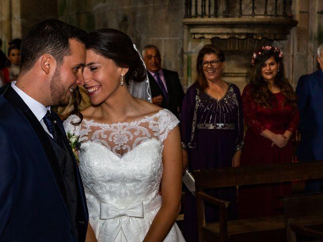 La boda de Javi y Diana en Santiago De Compostela, A Coruña 33