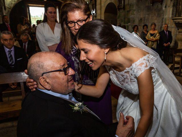 La boda de Javi y Diana en Santiago De Compostela, A Coruña 34
