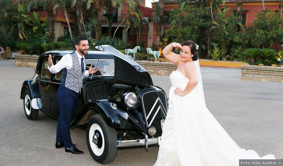 La boda de Elena y Juan Carlos en Dos Hermanas, Sevilla