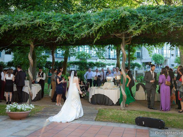 La boda de Agustín y Raquel en Ponteareas, Pontevedra 23