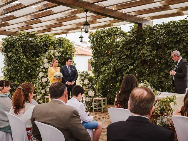 La boda de Luis y Azuzena en Cáceres, Cáceres 61
