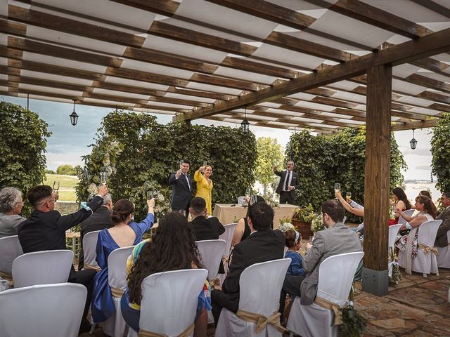 La boda de Luis y Azuzena en Cáceres, Cáceres 89
