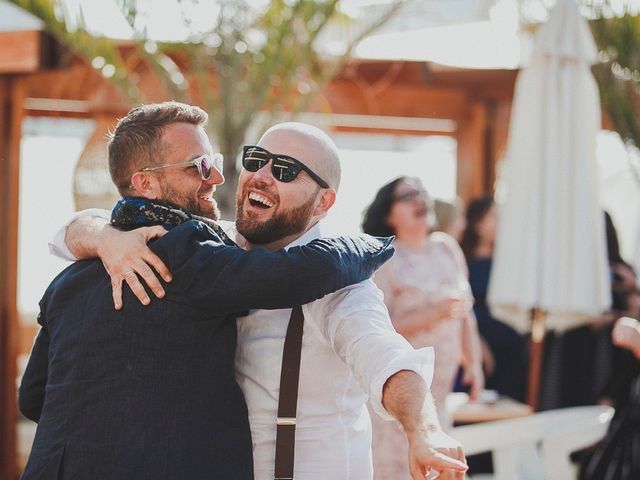 La boda de Julián y Tole en Xàbia/jávea, Alicante 42