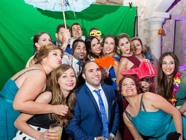 La boda de Alberto y Alba en Caracuel De Calatrava, Ciudad Real 6