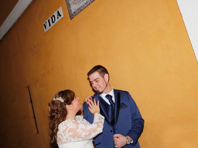La boda de Javier y Beatriz en Sevilla, Sevilla 17
