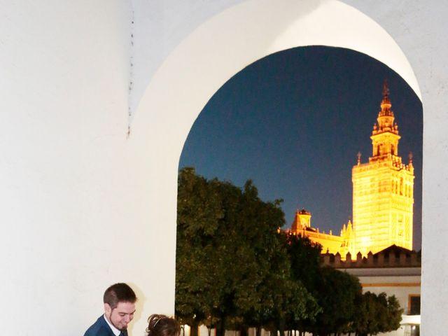 La boda de Javier y Beatriz en Sevilla, Sevilla 21