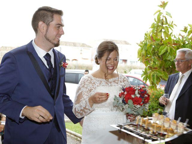 La boda de Javier y Beatriz en Sevilla, Sevilla 24