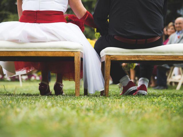 La boda de Sergi y Pilar en Vilanova Del Valles, Barcelona 13