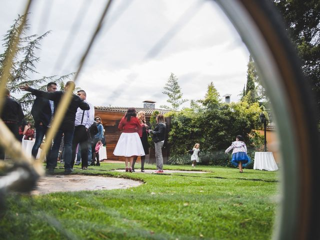 La boda de Sergi y Pilar en Vilanova Del Valles, Barcelona 22