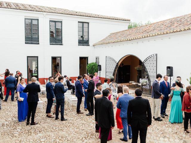 La boda de Alejandro y Laura en Alcalá De Henares, Madrid 43