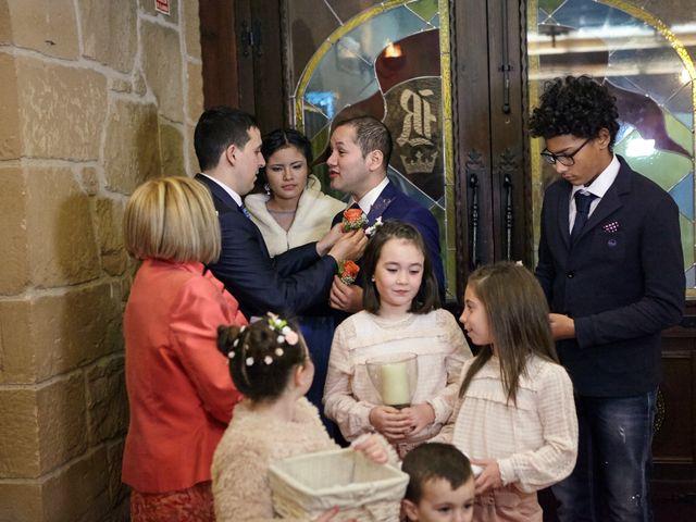 La boda de Jose y George en Zaragoza, Zaragoza 23