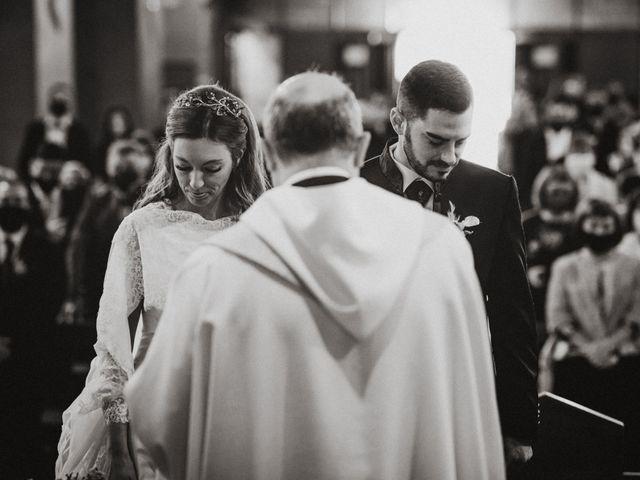 La boda de Cristopher y Mireia en Sant Cugat Del Valles, Barcelona 28