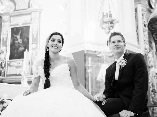 La boda de Ben y Yuresky en Marbella, Málaga 35