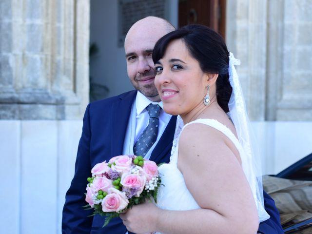 La boda de Luis y Magdalena en Guadalcacin, Cádiz 16