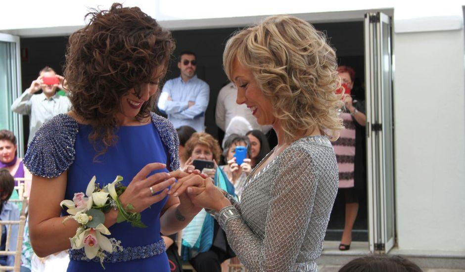 La boda de Mary  y Carmen  en Chiva, Valencia