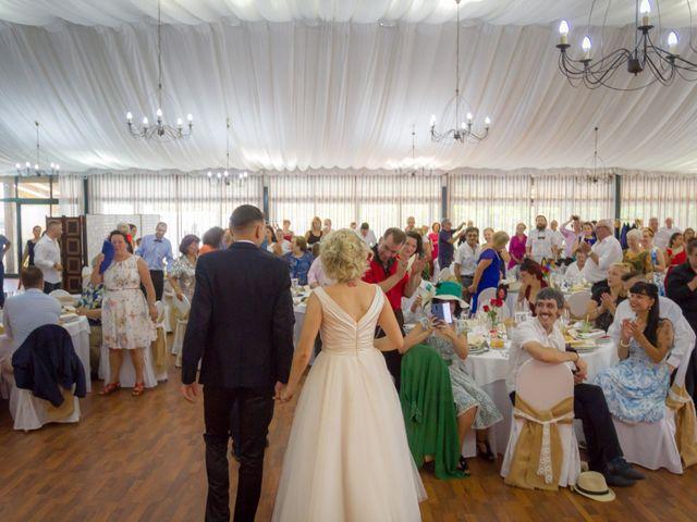 La boda de Hugo y Ángeles en Forcadela, Pontevedra 32