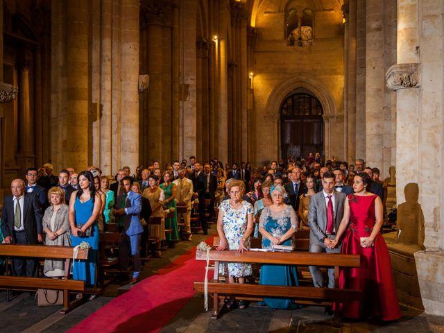 La boda de Alejandro y Victoria en Salamanca, Salamanca 39