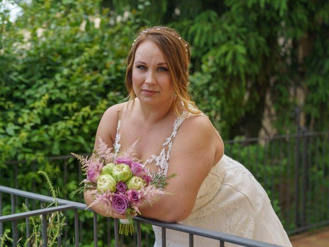 La boda de Toni y Tamara  en Sallent, Barcelona 28