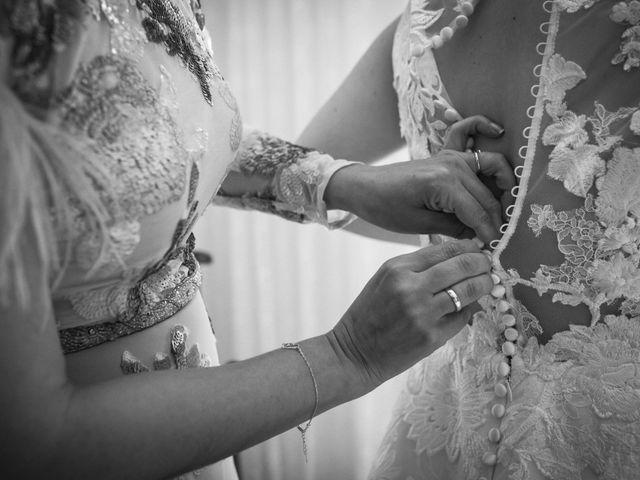 La boda de Hector y Laura en Santiago De La Puebla, Salamanca 15