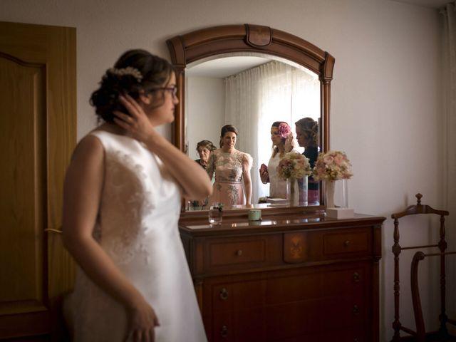 La boda de Hector y Laura en Santiago De La Puebla, Salamanca 16