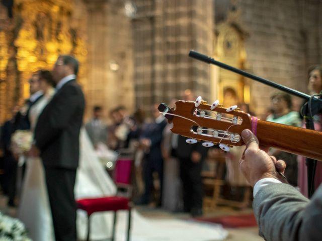 La boda de Hector y Laura en Santiago De La Puebla, Salamanca 23