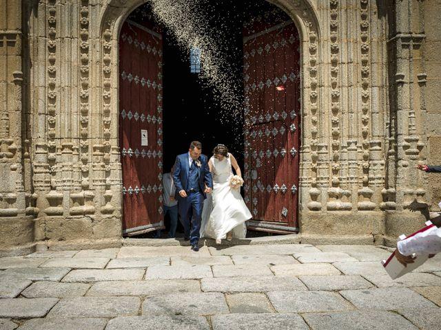 La boda de Hector y Laura en Santiago De La Puebla, Salamanca 28