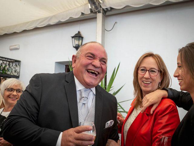 La boda de Hector y Laura en Santiago De La Puebla, Salamanca 36