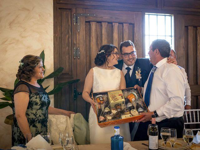 La boda de Hector y Laura en Santiago De La Puebla, Salamanca 38