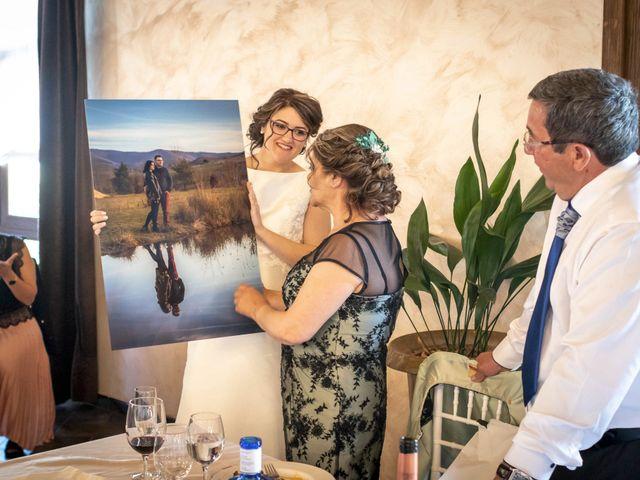 La boda de Hector y Laura en Santiago De La Puebla, Salamanca 39