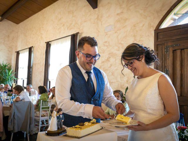 La boda de Hector y Laura en Santiago De La Puebla, Salamanca 41