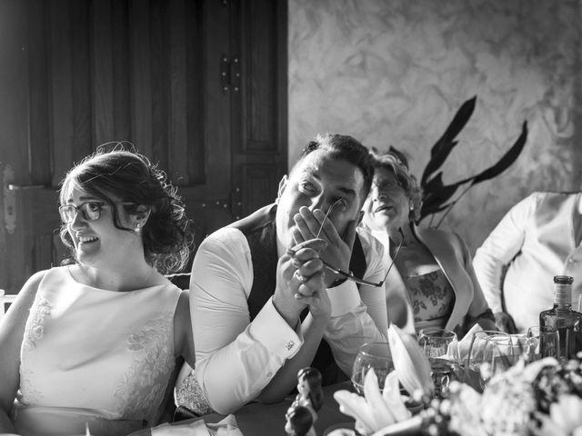 La boda de Hector y Laura en Santiago De La Puebla, Salamanca 43