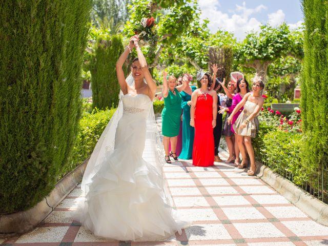 La boda de Luis Carlos y Mari Carmen en Martos, Jaén 19