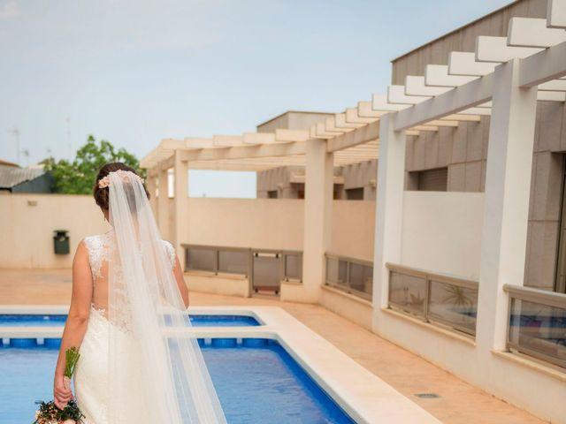 La boda de Raúl y Faby en Alacant/alicante, Alicante 22