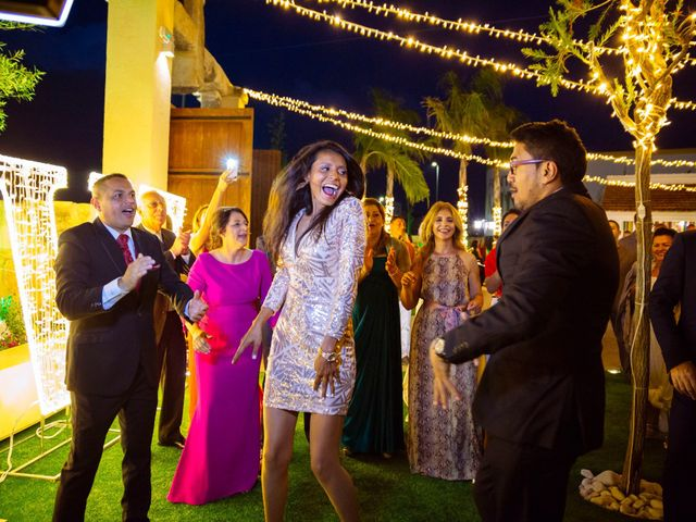 La boda de Raúl y Faby en Alacant/alicante, Alicante 51