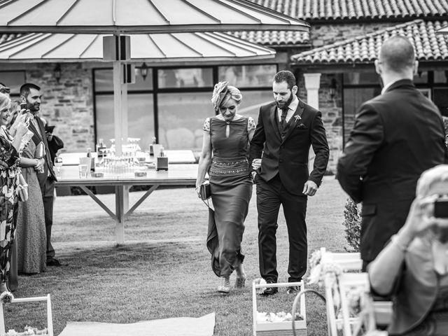 La boda de Pamela y Adonis en Abegondo, A Coruña 35