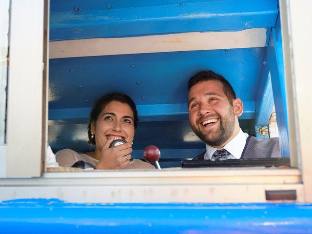 La boda de Marcos y Lorena en Santiago De Compostela, A Coruña 25