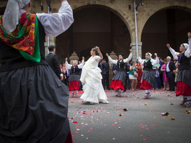 La boda de Xabi y Amaia en Larrabetzu, Vizcaya 33