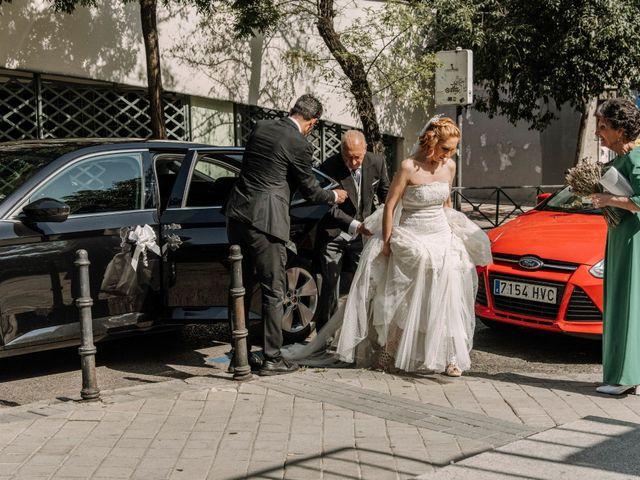 La boda de Raúl y Natalia en Madrid, Madrid 4