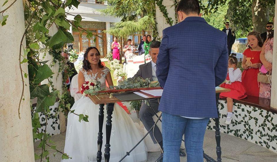 La boda de Constan  y Janira  en Cudillero, Asturias